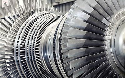 Thermographic testing of turbine blades - Picture credits: © photosoup / Fotolia.com