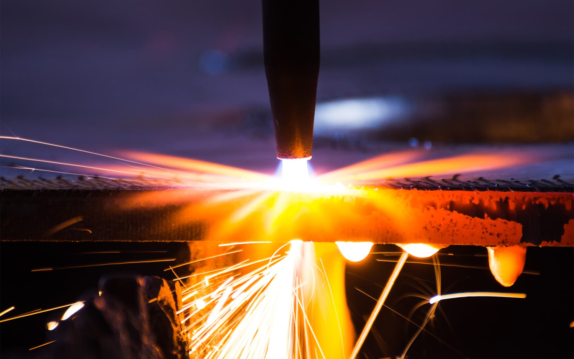 Infrared Flame Monitoring, welding - Picture Credits: © arhendrix / Fotolia.com