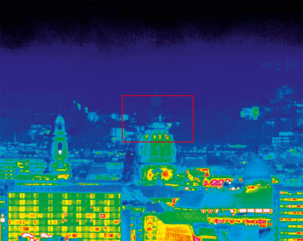 Super Zoom Thermography of the Frauenkirche in Dresden