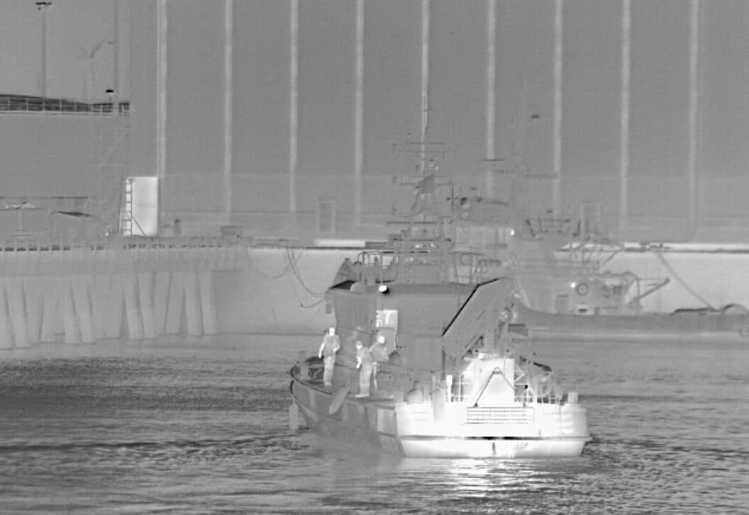 Harbour protection with thermal imaging