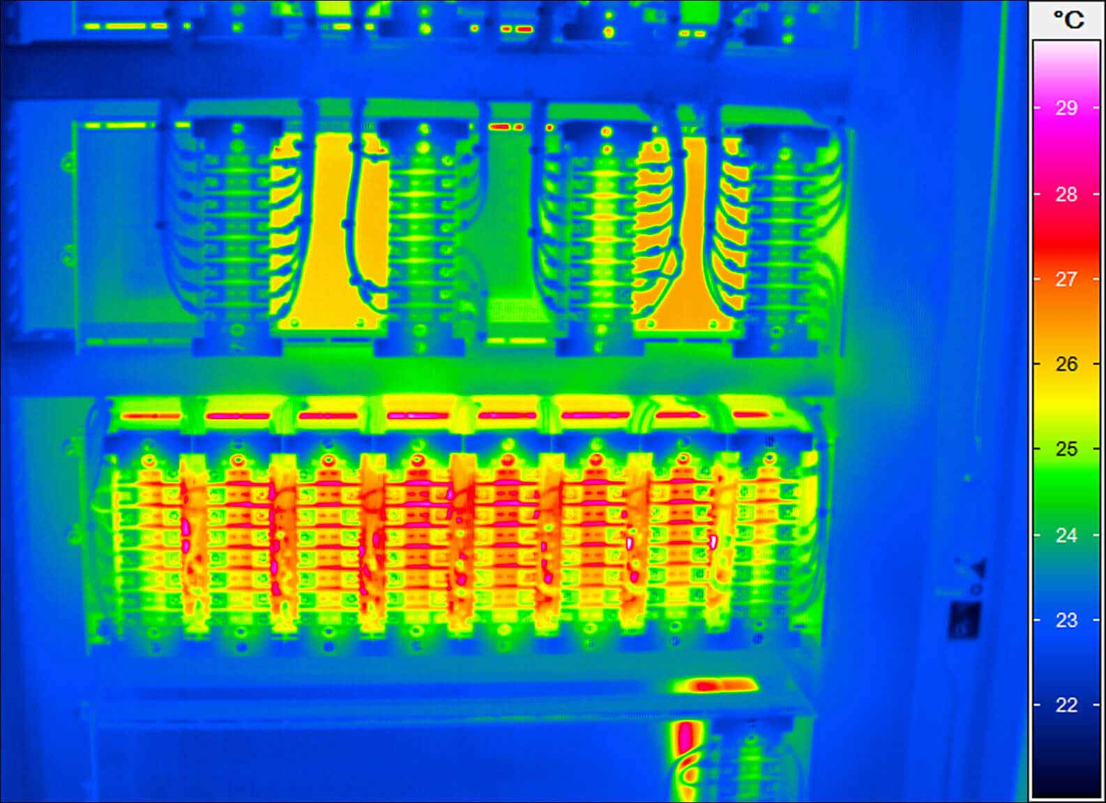 Thermal image of a control cabinet